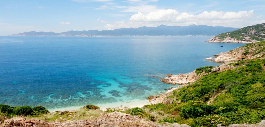 Đảo Bình Ba là điểm du lịch cực nổi tiếng tại Cam Ranh