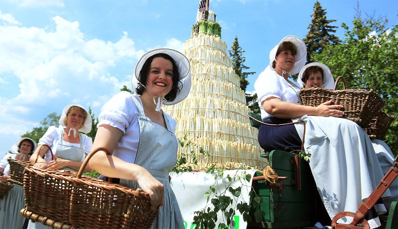 Lễ hội nấm trắng Alba (Ý)
