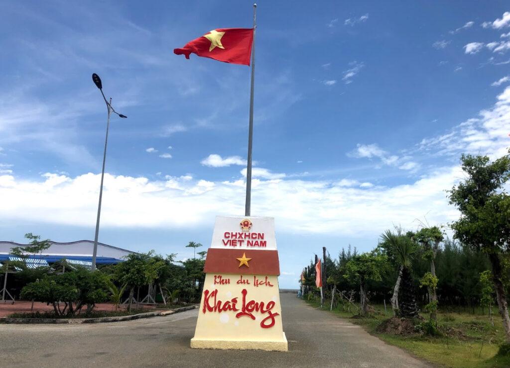 Khu du lịch biển Khai Long có rất nhiều trò chơi thú vị, mạo hiểm dành cho du khách