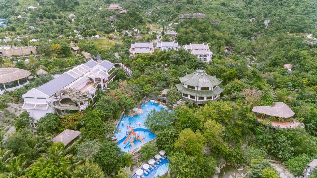 Khu du lịch núi Thần Tài là điểm đến du lịch tại Đà Nẵng cực nổi tiếng