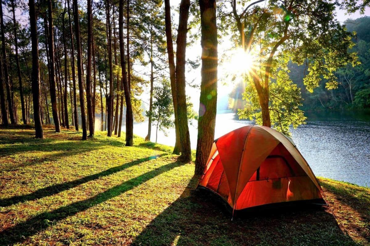 Khu du lịch Hồ Đồng Đò là điểm cắm trại gần Hà Nội được nhiều bạn trẻ lui đến