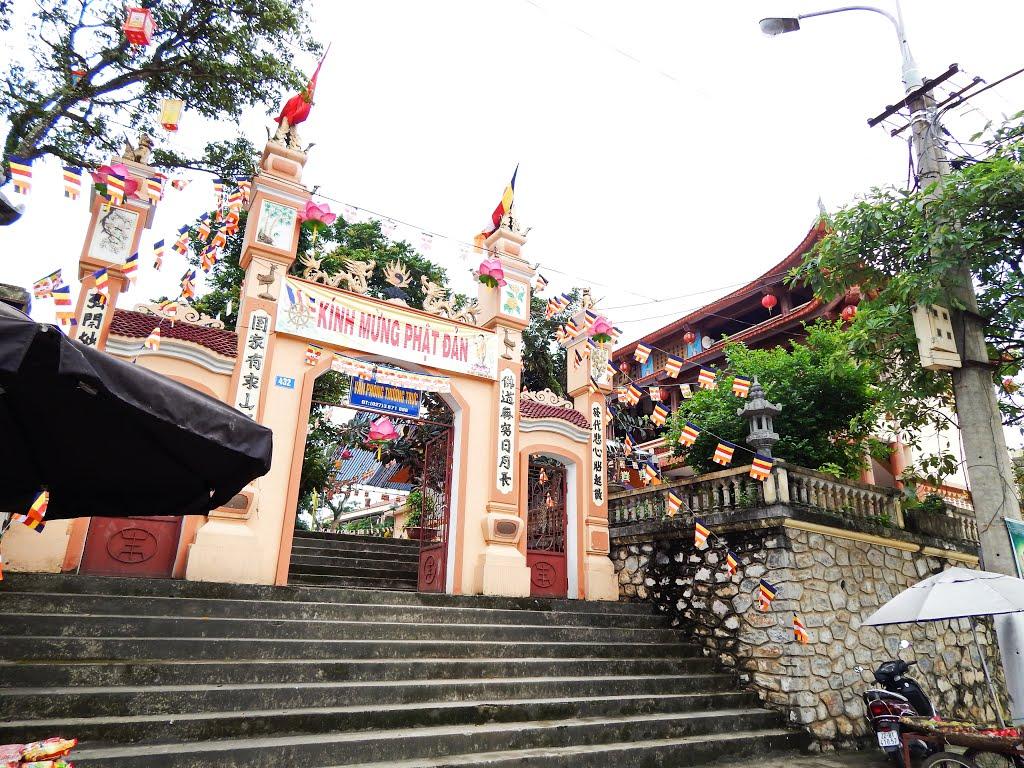 Vị trí Đền Vinh Quang