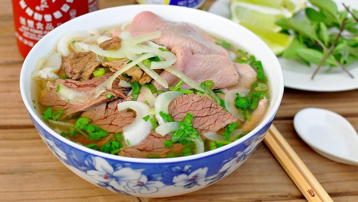 Món ăn sáng Việt Nam: Phở