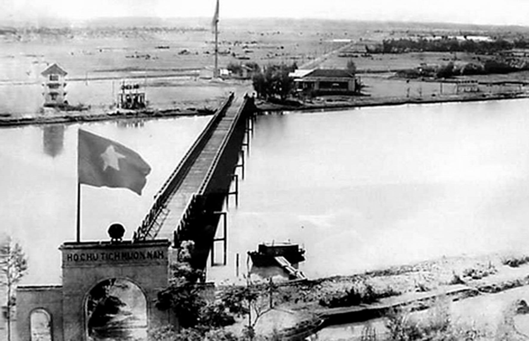 Cầu Hiền Lương – Sông Bến Hải