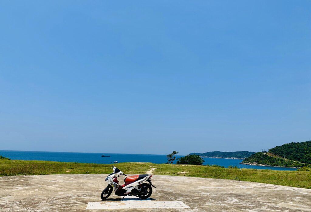 Bãi đáp trực thăng tại Cù Lao Chàm có góc nhìn ra không gian xung quanh cực ấn tượng