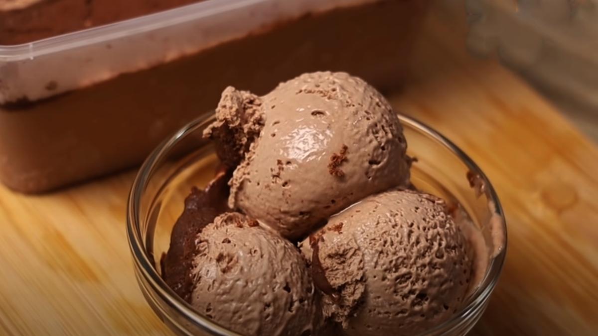 Kem và chocolate - Món ăn mới lạ và độc đáo