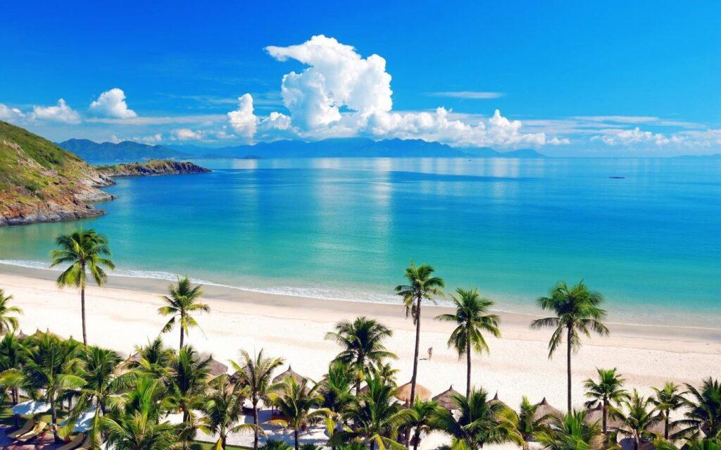Biển Nha Trang luôn thu hút sự quan tâm của du khách trong và ngoài nước