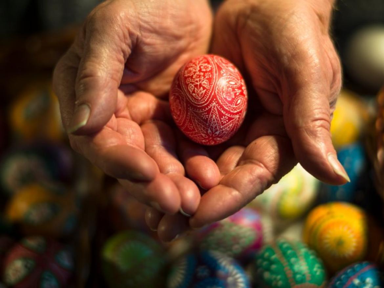 Ostern – Lễ Phục sinh (cuối tháng 3 đến cuối tháng 4)